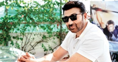 Sunny Deol Height