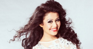 Neha Kakkar Height