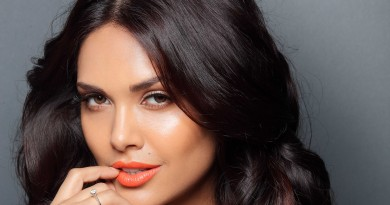 Esha Gupta Height