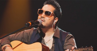 Mika Singh Height