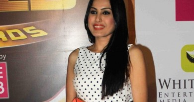 Kamya Punjabi Height