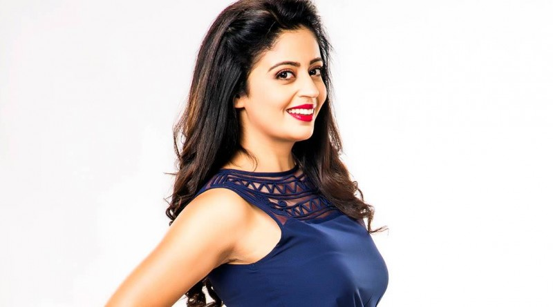 Neha Pendse Height