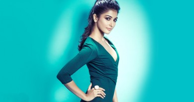 Pooja Hegde Height