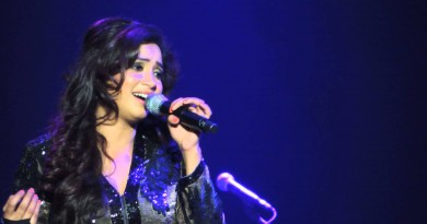 Shreya Ghoshal Height