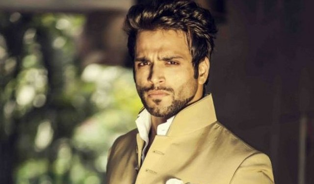 Rithvik Dhanjani Height