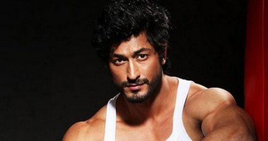 Vidyut Jammwal Height