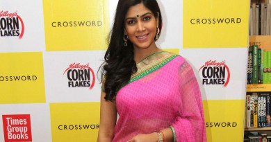 Sakshi Tanwar Height