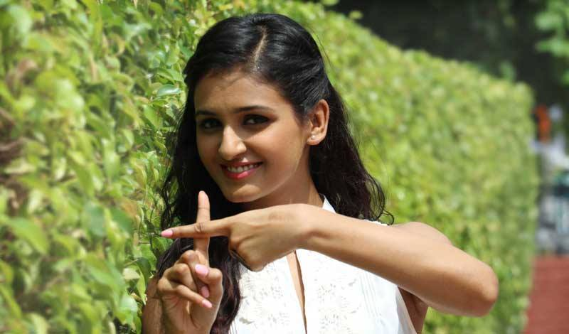 Shakti Mohan Height, Weight, Age, Income, Affairs And Biography