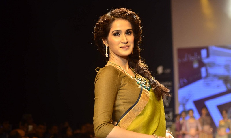 Sagarika Ghatge Height
