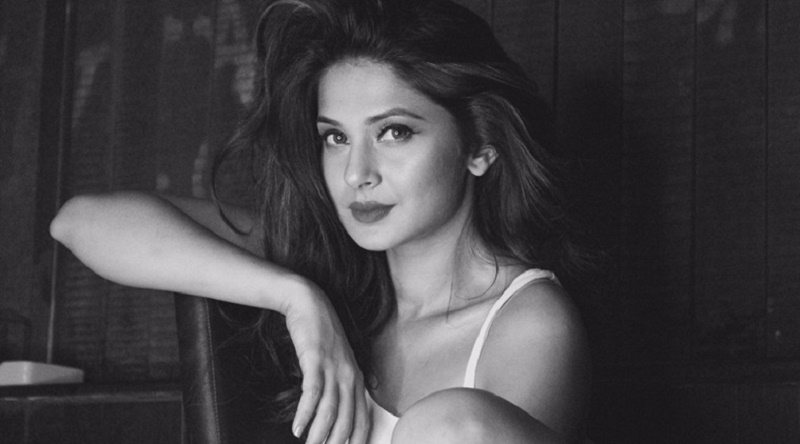 Jennifer Winget Height, Weight, Age, Affairs, And Net Worth